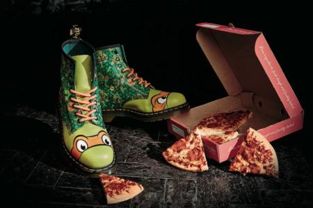 """Der Stiefel """"Mikey"""" – wie Ninja Turtle Michelangelo steht er total auf Double Pepperoni Pizza"""
