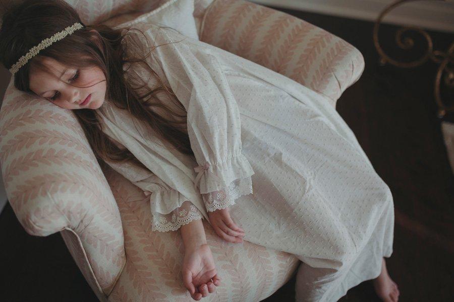 Stilvolle Nachtwäsche ist ebenso rar wie gute Vorlesebücher für Kinder: Amiki geht da mit gutem Beispiel voran. © Amiki Children