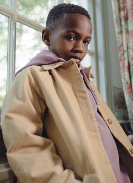 Stay at Home-Outfits könnten nicht lässiger aussehen: Das Amsterdamer Kindermodelabel REPOSE AMS hat die Ruhe weg