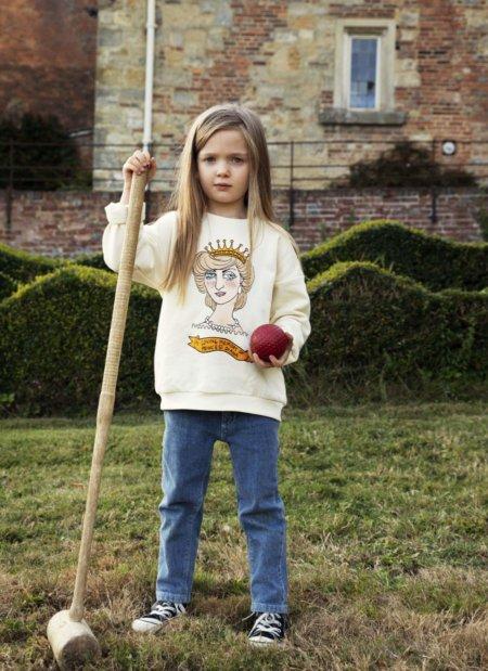 Die nachhaltige Kindermode von MINI RODINI wird im Frühjahr geadelt: Cassandra Rhodin widmet ihrem Idol die SS20-Kollektion DIANA