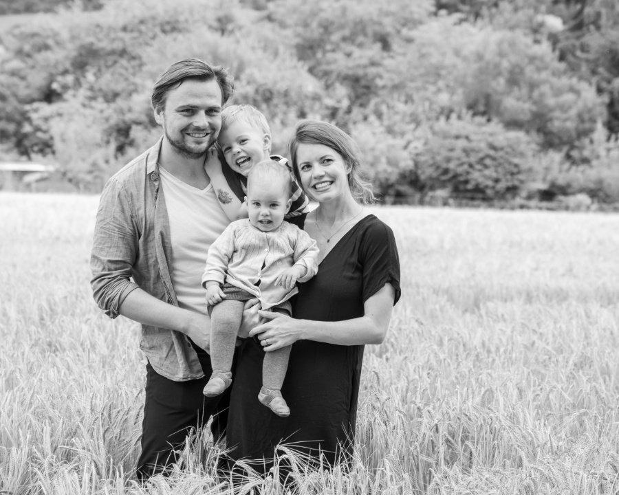 Die FEELWOOD Family: Bertram Maxim Gärtner und seine Frau Prisca Gärtner mit ihren Kindern Friedrich und Marit