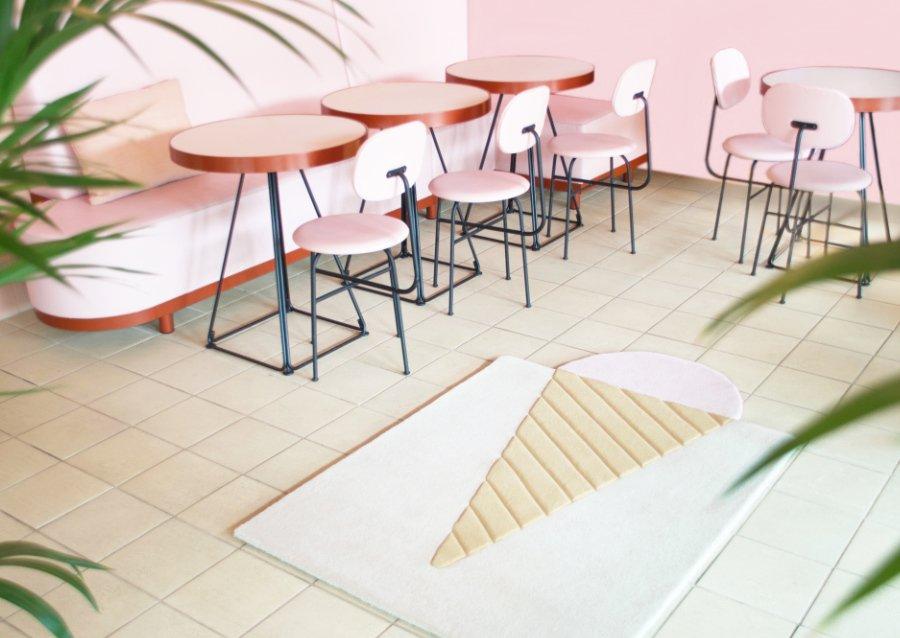 Ein fairer Teppich fürs Kinderzimmer oder das Eiscafé: Der Ice Cream Rug von MAISON DEUX ist mit dem GoodWeave Label ausgezeichnet
