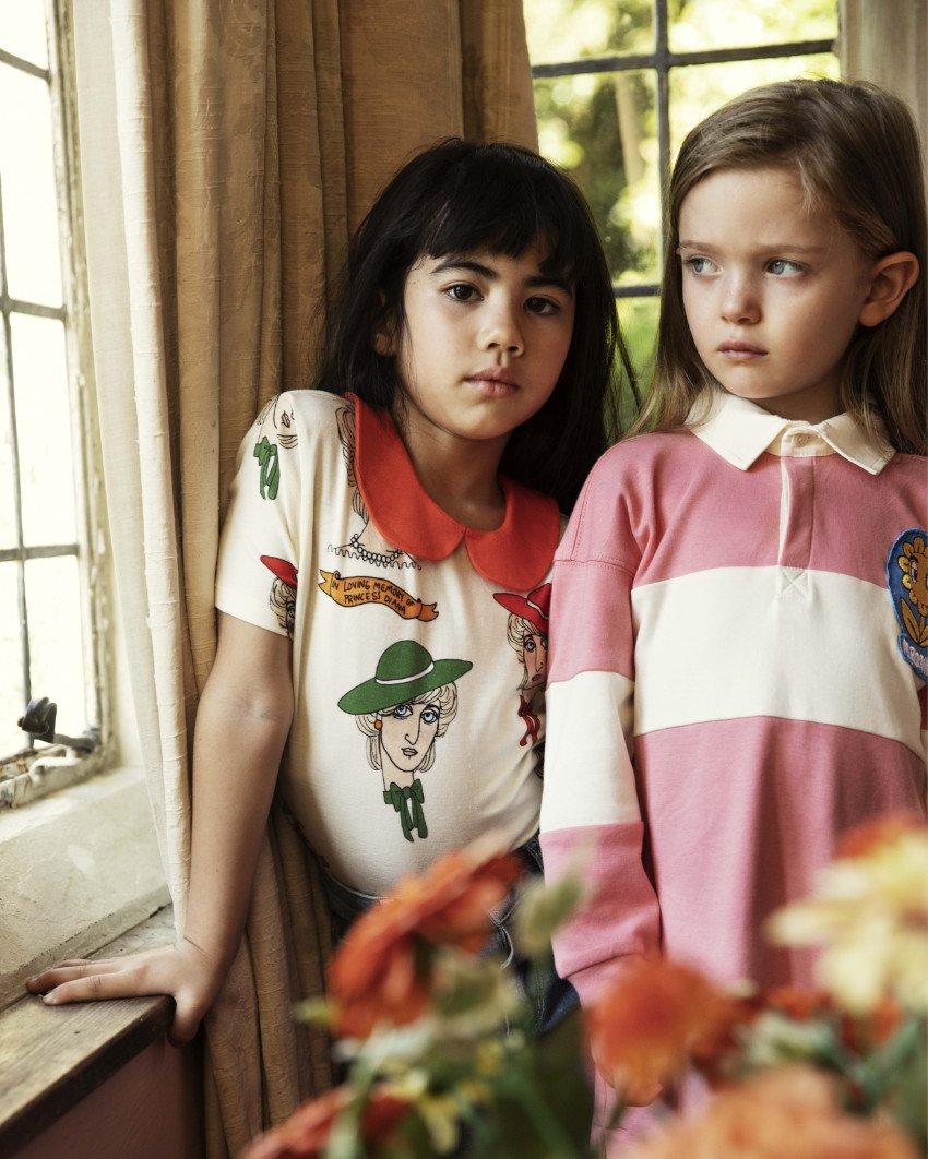 Für die englische Tea Party, den Kindergeburtstag oder Omas 80sten: das T-Shirt im Preppy-Style mit handgezeichnetem Diana-Print