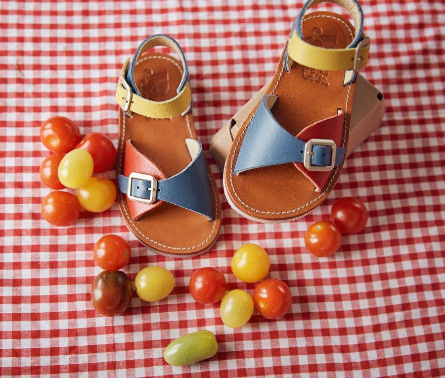 Sommerschuhe für Kinder von YOUNG SOLES: nostalgisch, aber immer knackig wie Cherrytomaten