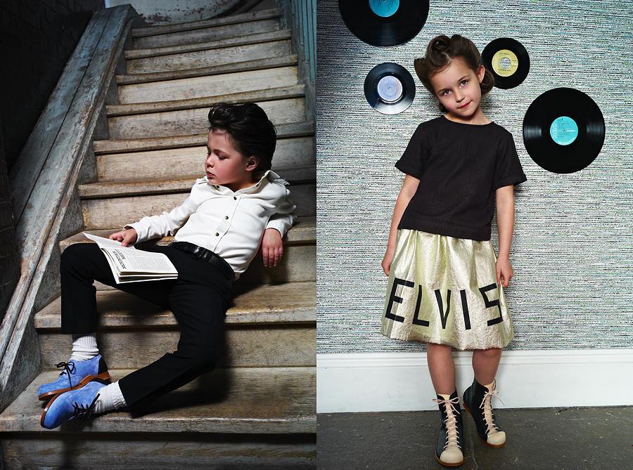 Elvis trägt die BLUE SUEDE Shoes und sein größter Fan den Chapter 2 Evergreen, die MONKEY Boots – Images © Laura Hart