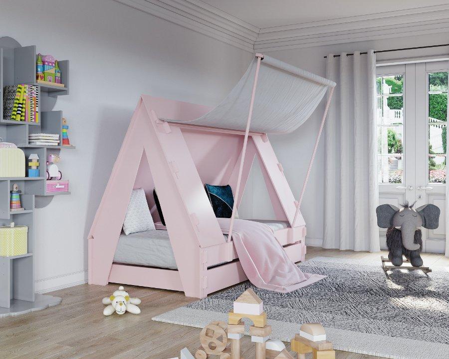 """Man muss kein Boy Scout sein, um Pfadfinder-Romantik zu erleben: Das """"Tent Bed"""" in Powder Pink gibt es auch in Thunderstorm Grey"""