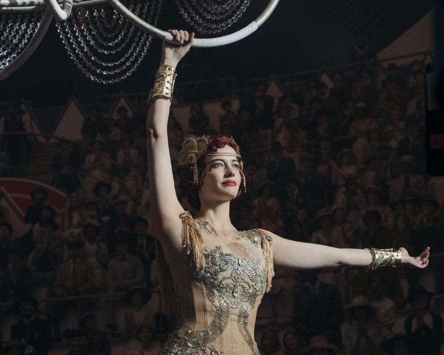 Schwebt leicht wie eine Feder durch die Lüfte: die Königin der Himmel, Colette Marchant, gespielt von Eva Green. Image © Disney