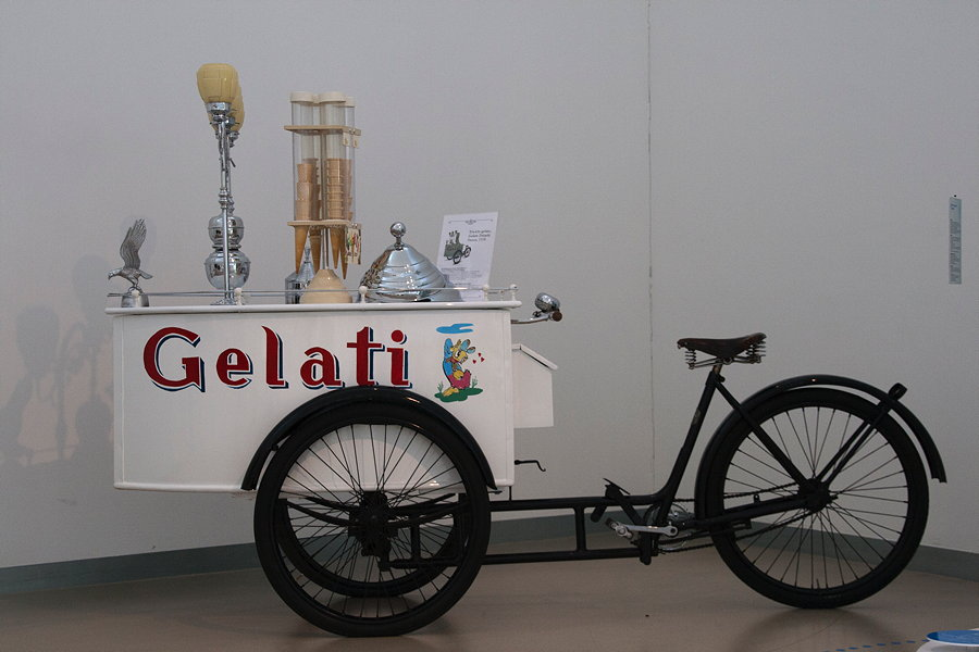 04-gelato-bycicle