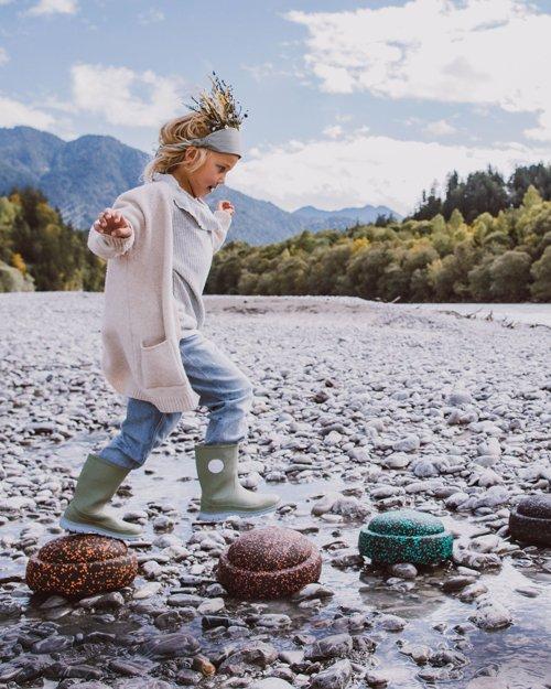 Der SAFARI-Stapelstein ist besonders gut für den Outdoor-Bereich geeignet © Sabrina Schindzielorz für Tiny Hazel