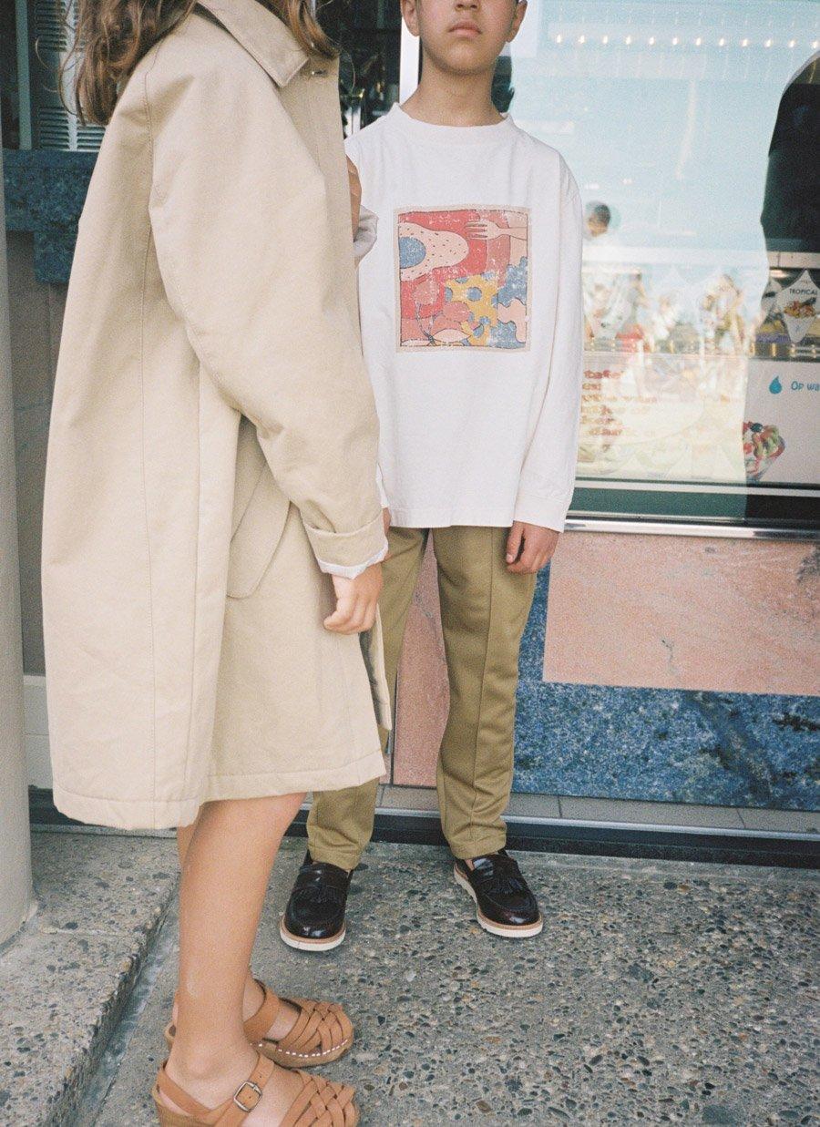 Adelt jedes noch so nachlässige Stay at Home-Outfit: Der Mantel im Retrostyle für die Spritztour zur Eisdiele