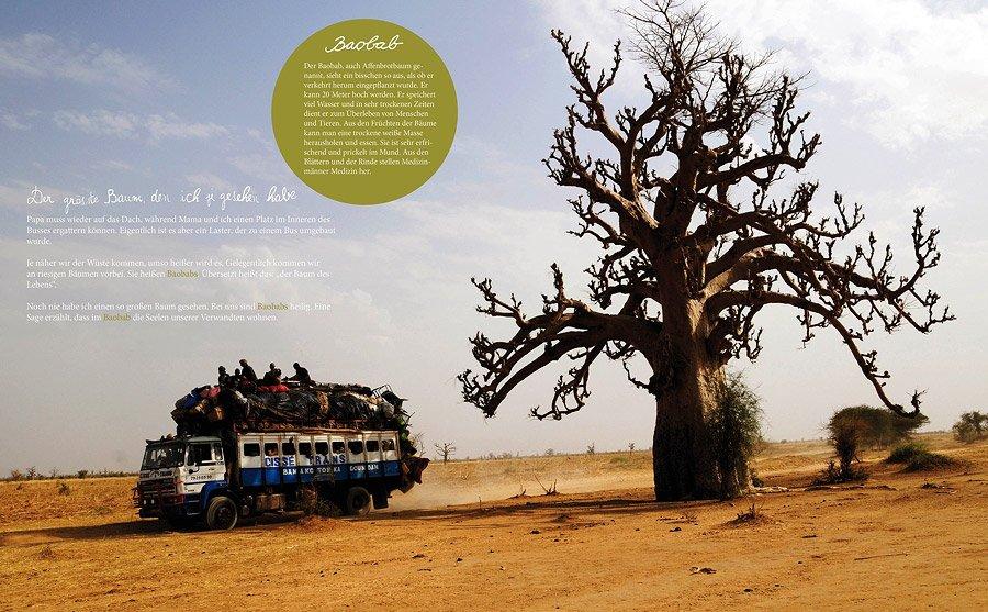 """Eine der schönsten Seiten aus dem Buch """"Mein Mali"""": Im überfüllten Bus am riesigen Baobab Baum vorbei"""