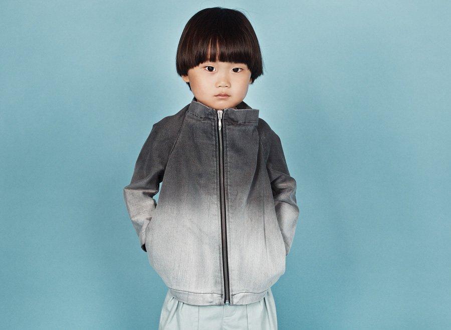 """""""Eh ich die Kindlein weinen lass Scheid ich von Laub und grünem Gras …"""" – Junge im Japan Jacket aus Ombré-Denim"""