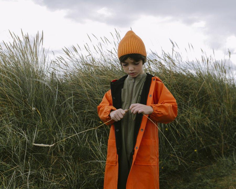 Mode aus England ohne Regenmantel ... undenkbar! Dieses Modell von Beau Loves weckt die Lebensgeister an trüben Tagen