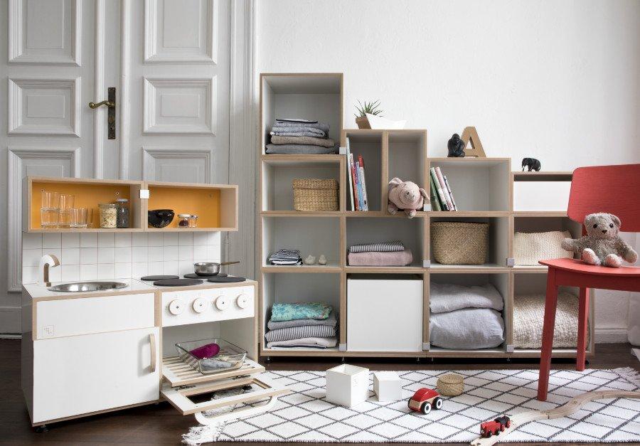 """Das nennt man nachhaltig – Diese """"Kinderküche zum Mitwachsen"""" von Stocubo landet wirklich niemals auf dem Dachboden"""