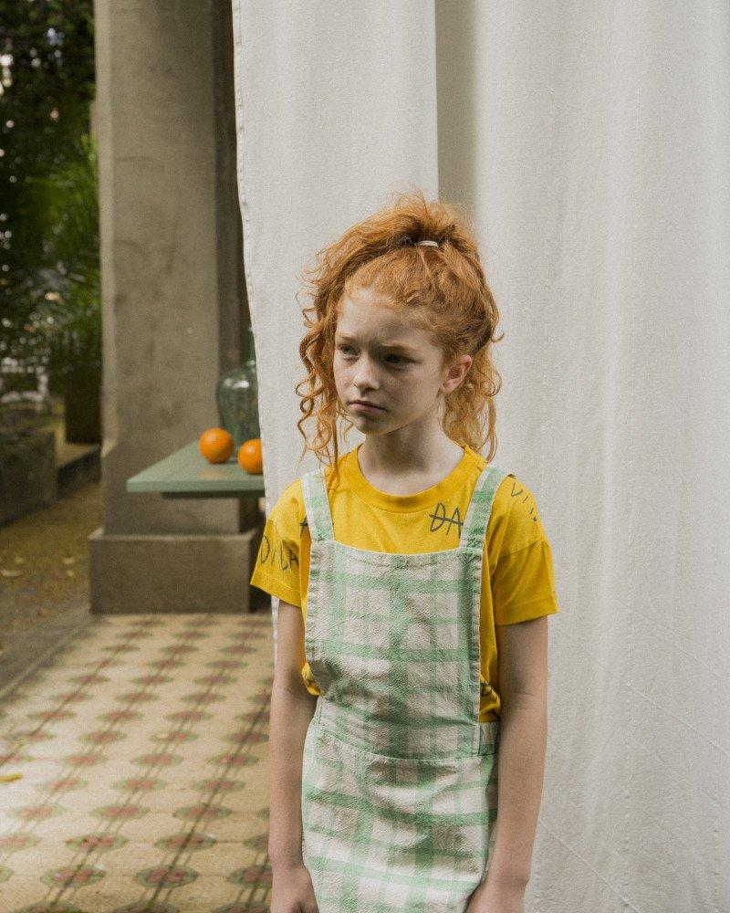 Mehr dada als kleinkariert: Boho-Outfit in Pippi-Langstrumpf-Farben von The Campamento © Maya Kapouski