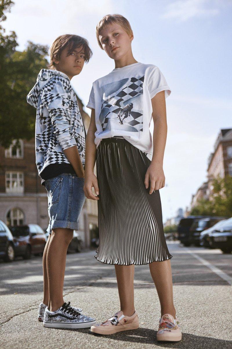 Back to the roots: Old Skool Vans und Streetwear-Styles im neu aufgelegten Checkerboard Design von Vans x Molo