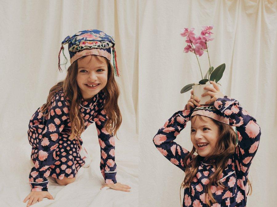 Lockdown-Outfits, easy like Sunday morning: Cloe in einem Pixel-Print-Dress von MARNI