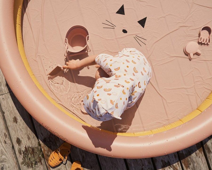 Aufmotzen kann man auch leise: LIEWOOD taucht das Planschbecken für Kinder in zarte Pfirsich- und Apricottöne