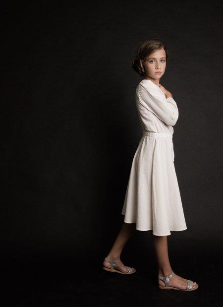 Schlicht und anmutig: ein Kleid, wie es sich für eine galaktische Prinzessin gehört. Star Wars Geschenke vom Feinsten!