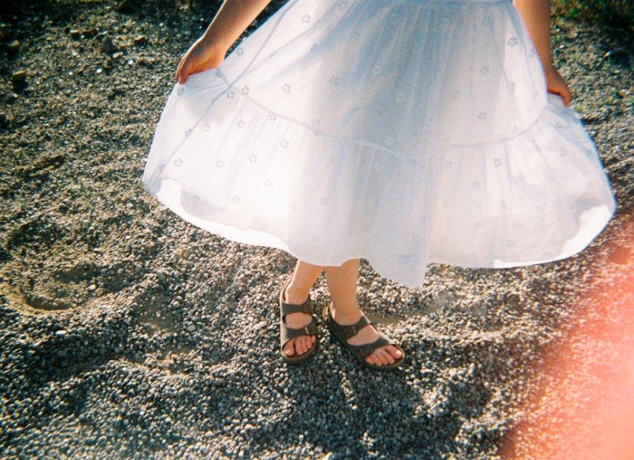 Kleider, die Geschichten vom Sommer erzählen - über Generationen hinweg
