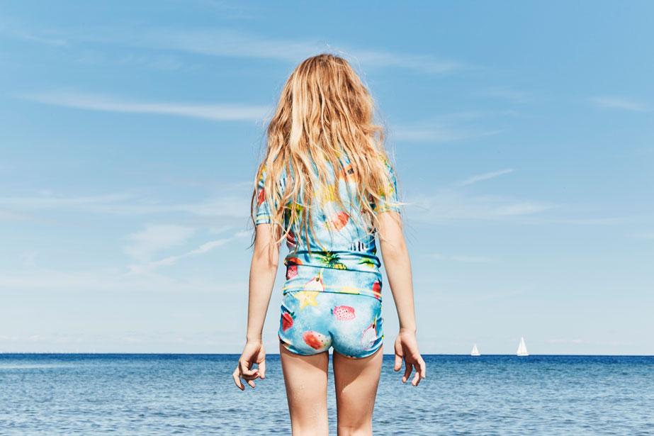 _09-girl-swimwear-molo-ss16