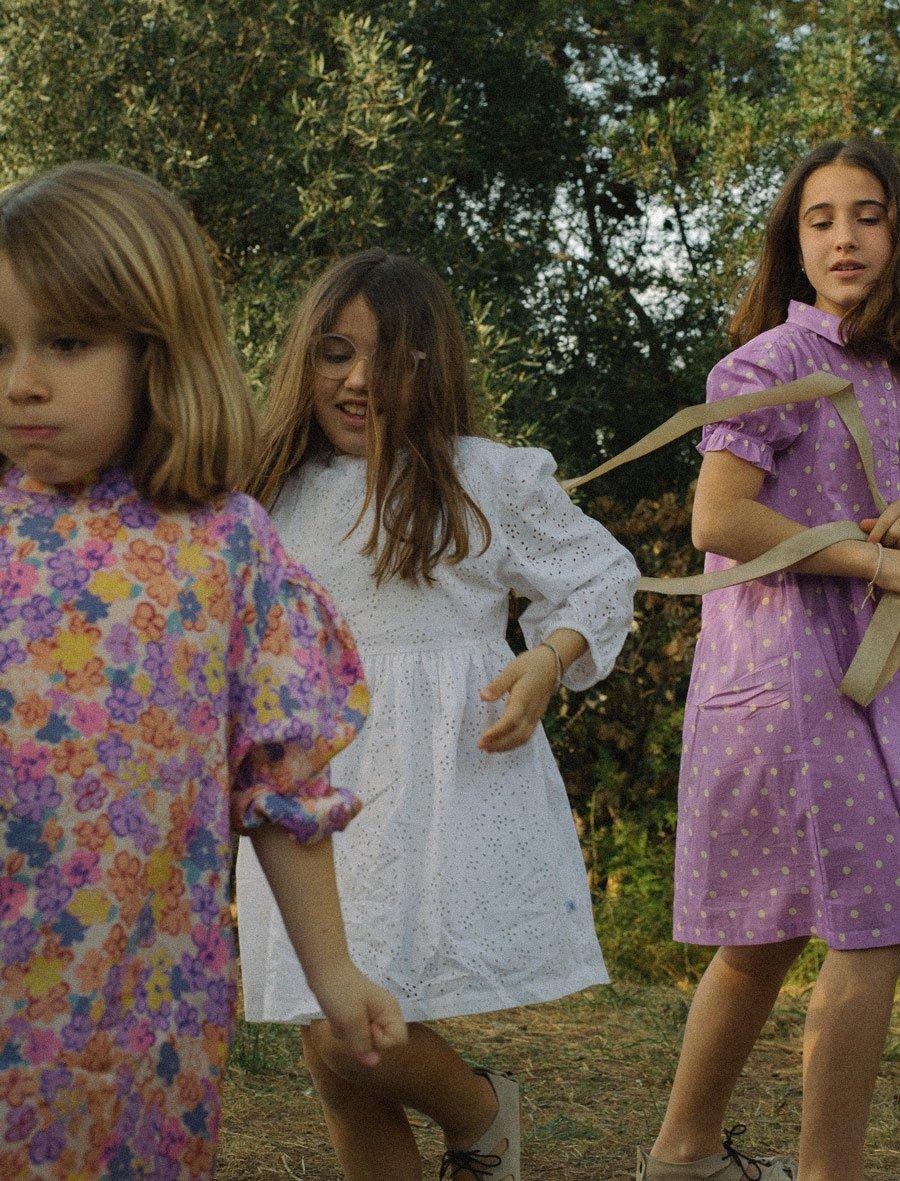 Die drei Grazien: Marilós Töchter tragen die schönsten Sommerkleider von REPOSE AMS