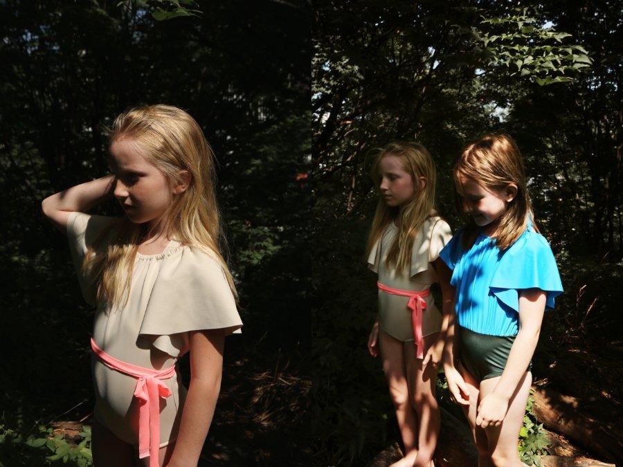 """Waldbaden in TAMBERE: Extravagant und sophisticated sind die Badeanzüge aus der Sommerkollektion """"A Thousand Pieces"""""""