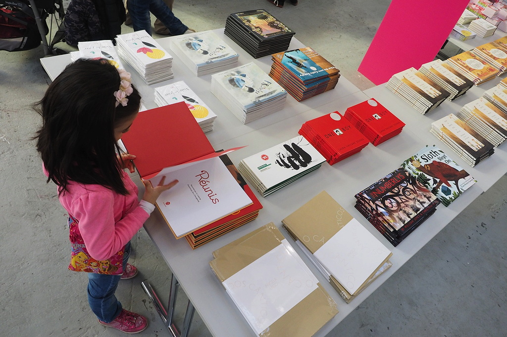At the Bologna Children's Book Fair – Bald auch eine junge Autorin?