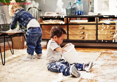 Kleine Malermeister bei der Arbeit – für die Bugaboo by Diesel Denim Kampagne