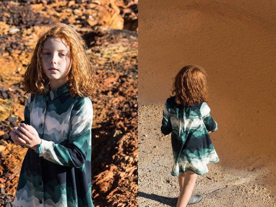 """Was für ein Kunstwerk! Der Landscape-Print auf dem Kleid erinnert an die """"Gully Curtains"""" von Tang Da Wu"""