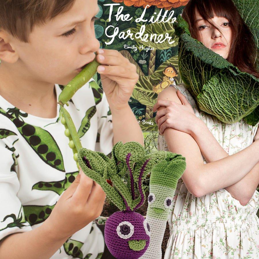 Natur und Mode, Spielzeug aus der Erde und ein Garten-Bilderbuch mit einer rührenden Geschichte. Collage © MILAN Magazine