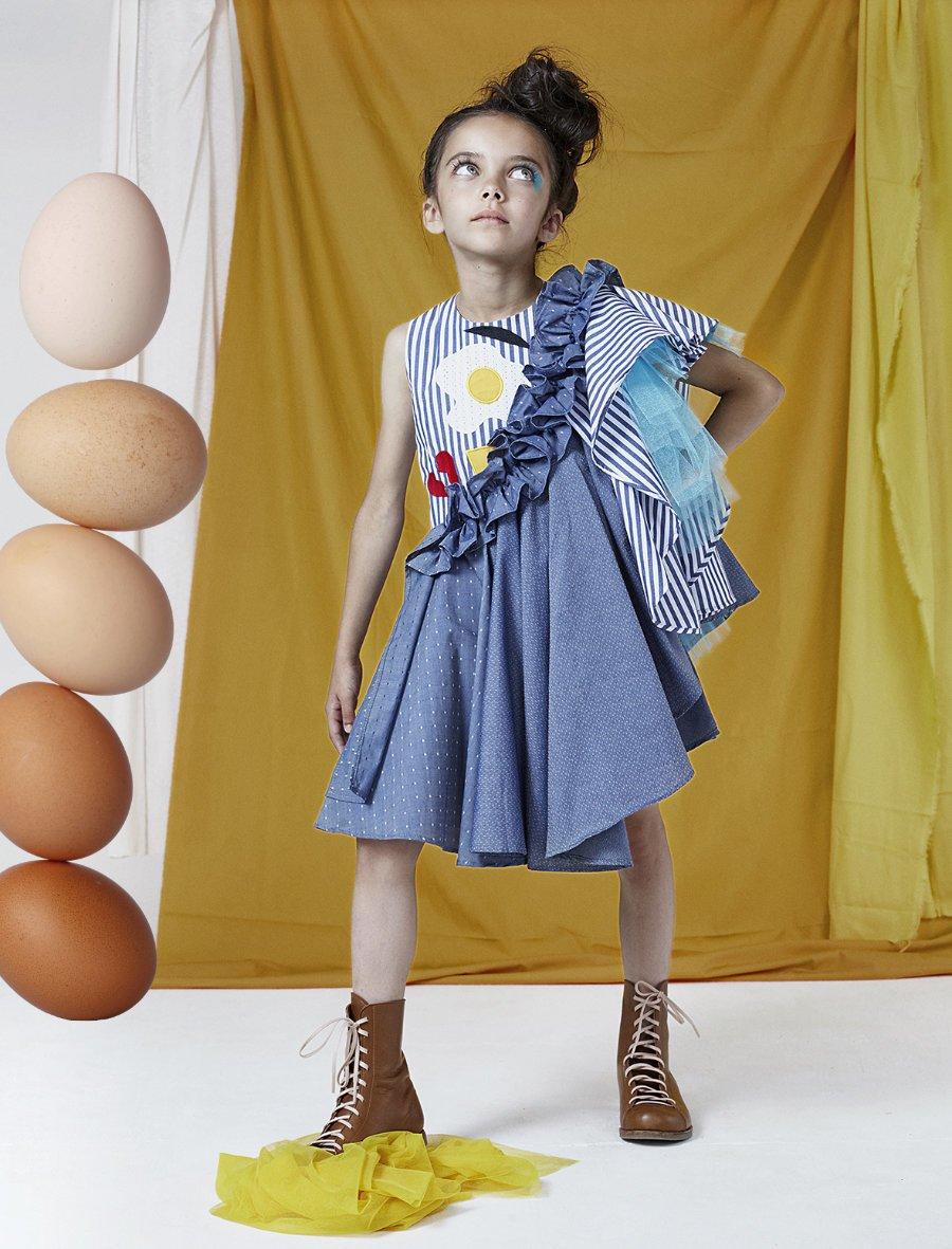 """Herzhaft süß! Das Kleid """"Beatrice"""" aus der """"What is Dada?"""" Kollektion von Raspberry Plum macht sich großartig beim Eierkuchenlauf"""