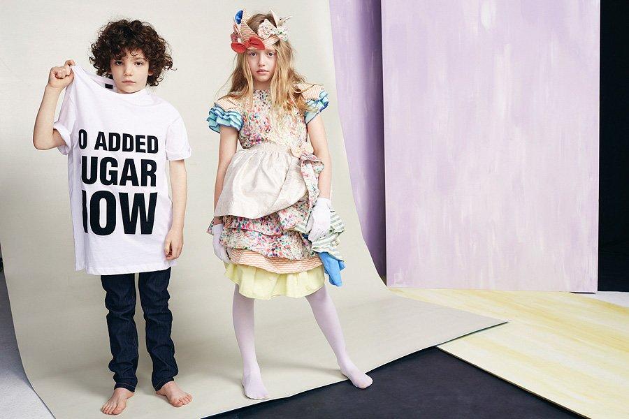 No Added Sugar, Slogan-Shirt im 80s-Style und Partykleider im Lagenlook