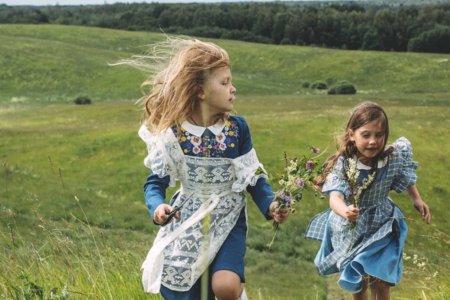 Das Kindermodelabel aus Riga verführt durch zartes und nostalgisches Design